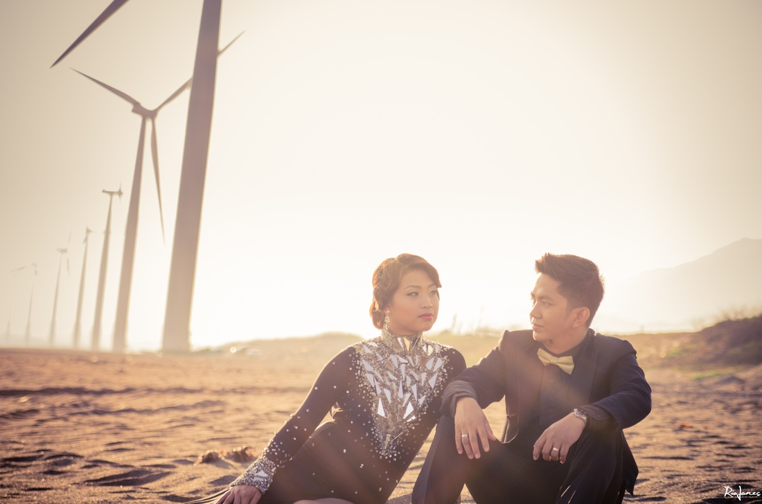 Engagement Session Wind Mills Ilocos